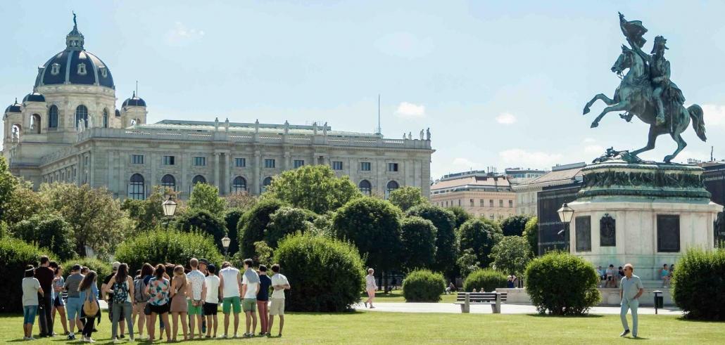 heldenplatz erzherzog karl kleiner großer stadtrungang naturhistorisches museum vienna cult tour